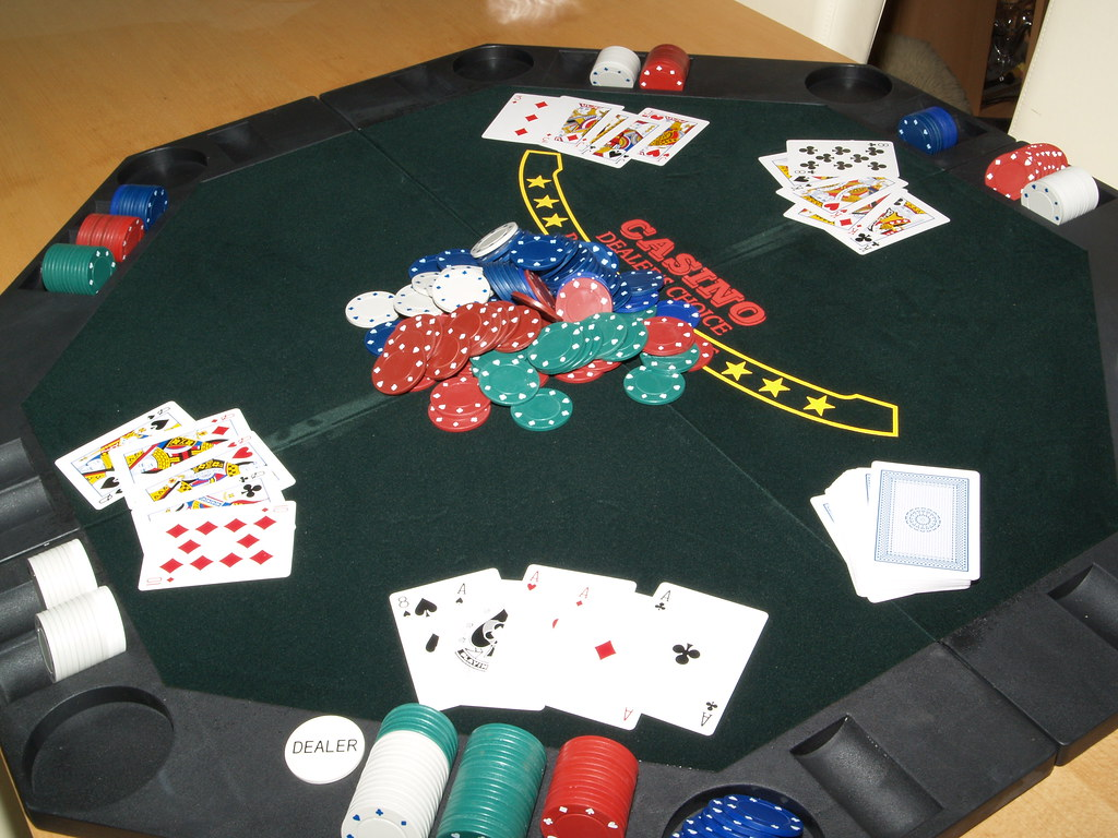 Easy Way To Earn Money With Online Gambling Sites