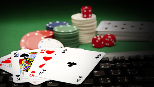 Smart Strategies for Playing Online Gambling